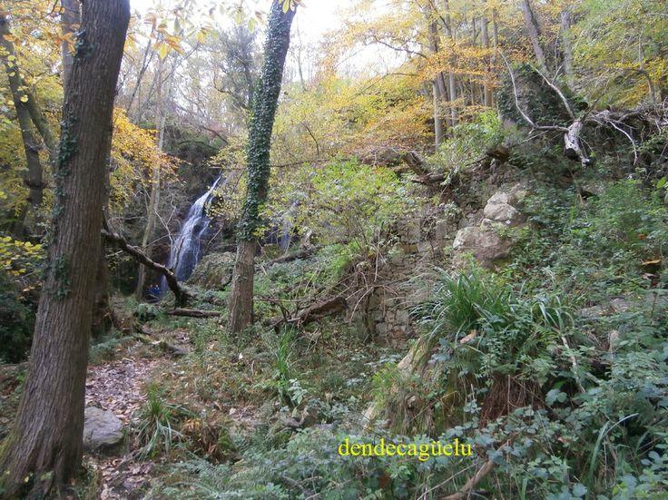 Kleine waterval, begin januari, Asturias