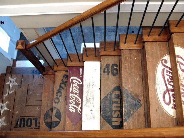 Using old boxes, palettes, signs in home construction