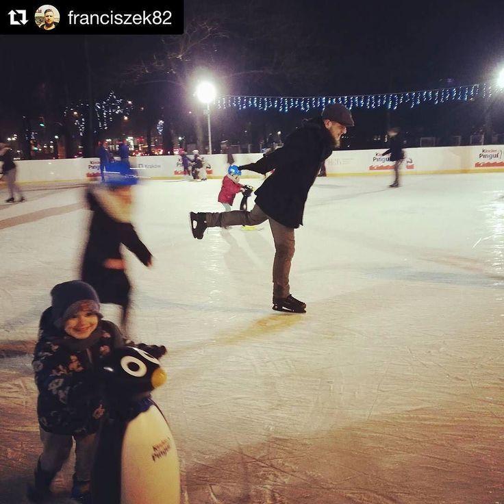 Tak się bawicie na #lodowiskonck. Zdjęcie @franciszek82 #nowahuta #lodowisko #zima #winter #lodowisko #fun #kulturakrk #krakowskakultura