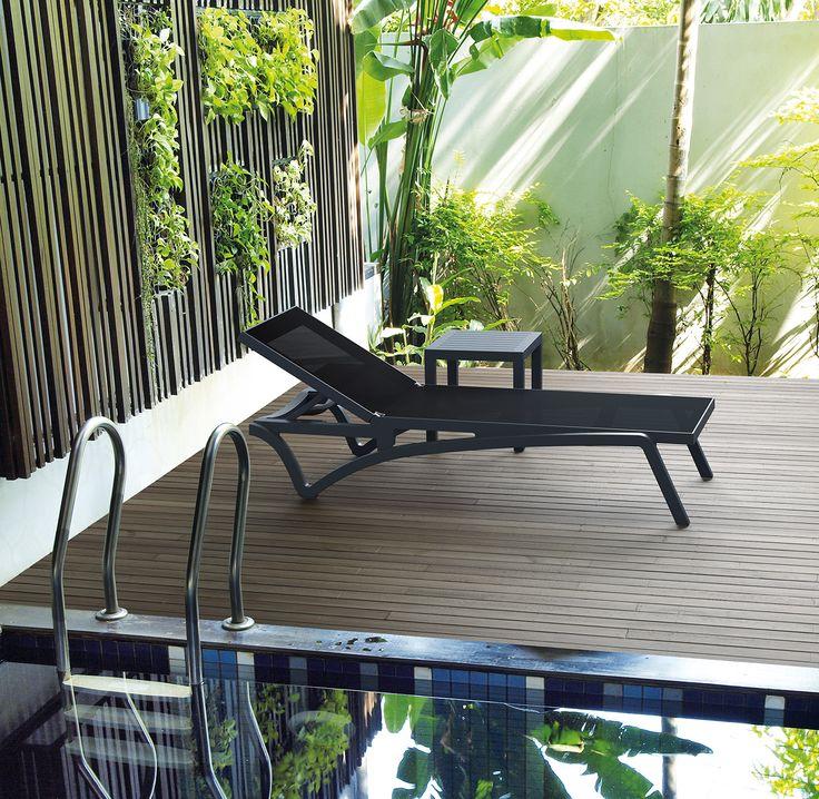 PACIFIC chair & OCEAN table