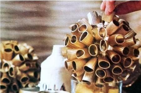 Come realizzare delle palle natalizie di cartapesta - Fai da Te Mania