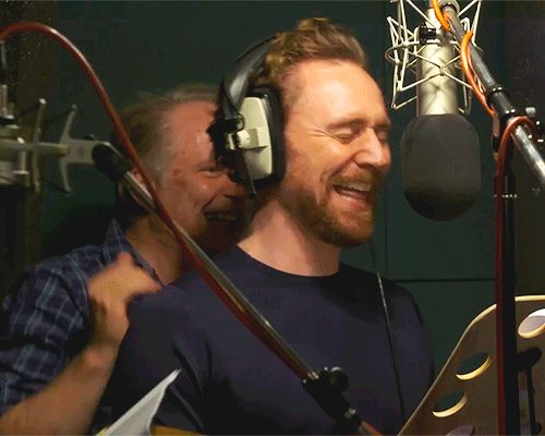 Early Man: Exclusive behind-the-scenes clip of the lengths Tom Hiddleston and co went to for the perfect voice performance. Link: http://www.independent.co.uk/arts-entertainment/films/news/early-man-film-aardman-nick-park-tom-hiddleston-eddie-redmayne-maisie-williams-voice-behind-the-a8173806.html Clip: