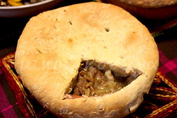 μικρή κουζίνα: Μοσχάρι γιουβέτσι με λαχανικά στο πήλινο, σκεπαστό...