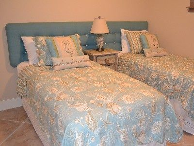 best 25 two twin beds ideas on pinterest beds for kids girls shared bedrooms and kids bed furniture