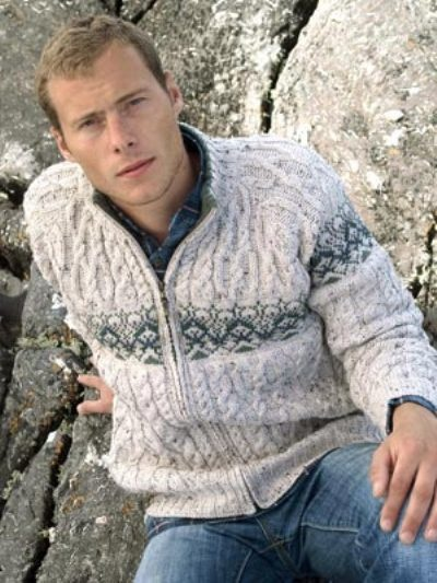 Knitting Patterns Using Merino Wool : Made from 100% Merino Wool This mans cable knit zip # ...