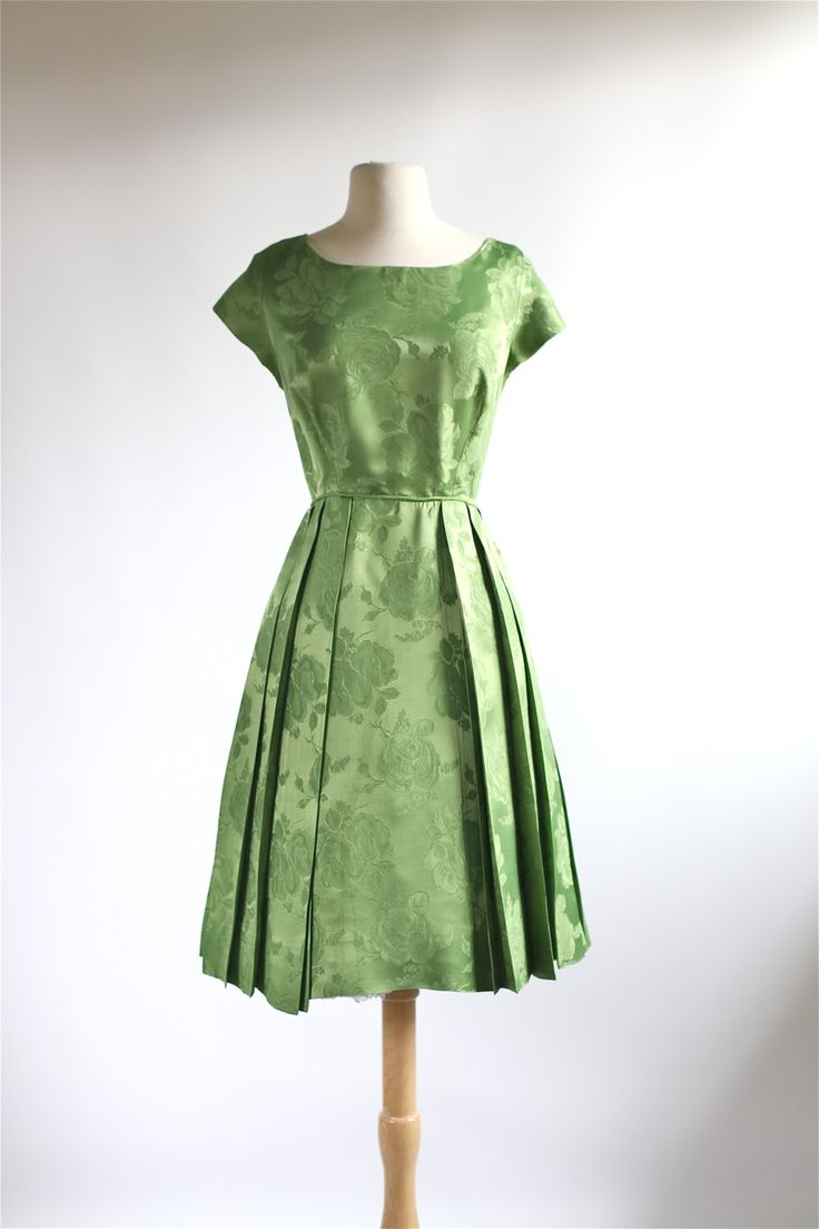 25  best Green party dress ideas on Pinterest | Green dress, Green ...