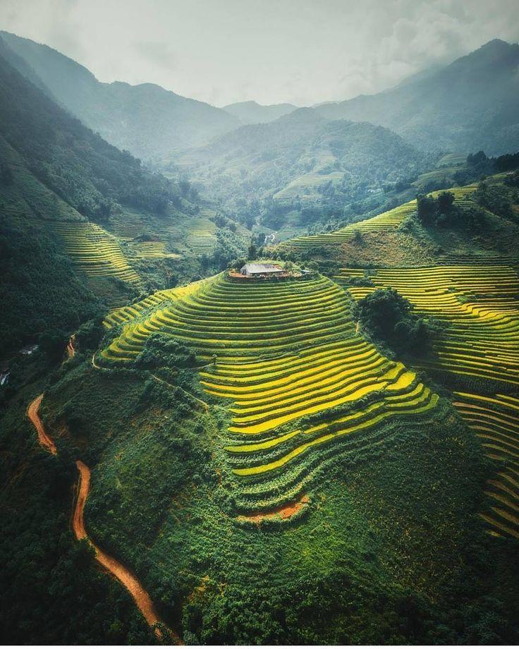 "Travel Earth (@aroundtheworldpix) on Instagram: ""Sa Pa, Vietnam. Photography by @cumacevikphoto #aroundtheworldpix"""
