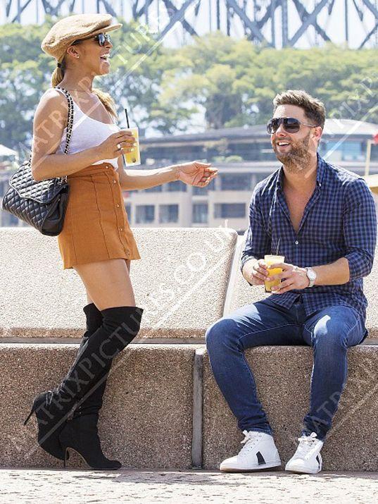 Matrix Daily Matrix Exclusive: Ricci Guarnaccio and Melody Thornton spotted on daytime date Down Under,  #Australia #celebrity #date #dating #drinking #drinks #GeordieShore #MelodyThornton #PussycatDolls #realityTV #RicciGuarnaccio #Sydney