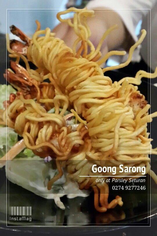 Goong sarong