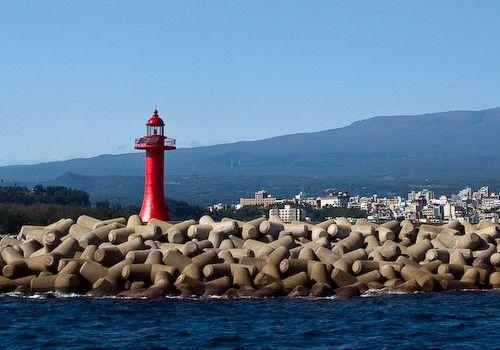 Lighthouses of Korea: Jeju (Cheju), Seogwypo Breakwater