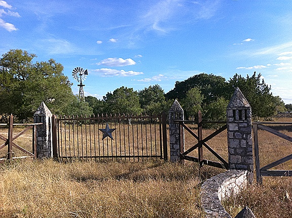 South Texas Gate Want A South Texas Ranch Buy One