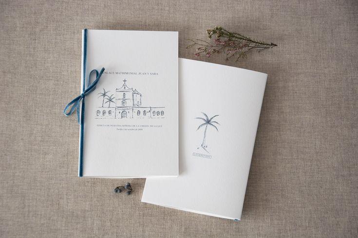 El surf como concepto, gusto por los detalles y ante todo elegancia en esta #papeleríadebodas para el #enlace de Sara y Juan en #Tarifa. Un encargo de Organización de una Boda Wedding Planners. #bodaenTarifa #bodasurfer #bodasurfera #surfwedding #elegantwedding #bluewedding #invitacionesdeboda #weddingstationery #loveratory #meseros #minutas #seatingplan #ideasparabodas #sobresdetela #sobresforrados #misales #misalesdeboda #ilustracionesparabodas #fedrigonipaper #love