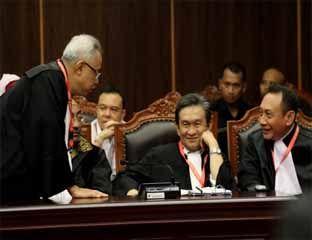 Tim Prabowo Gugat Hasil Rekapitulasi KPU ke PTTUN