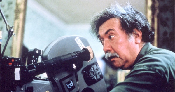 Raúl Ruiz, Chilean Director, Dies at 70 - NYTimes.com (http://www.nytimes.com/2011/08/20/movies/raul-ruiz-chilean-director-dies-at-70.html?_r=1=eta1#)