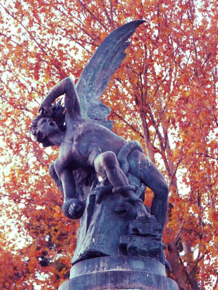 Angel caido Madrid