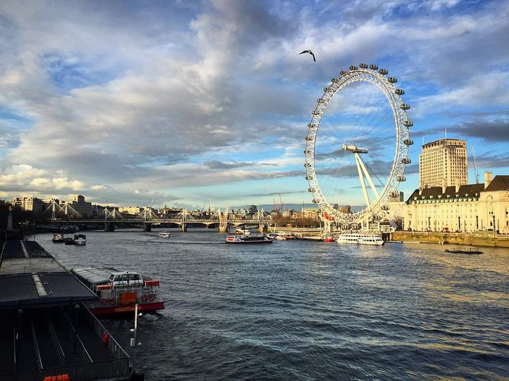 LONDON , so inspired just by walking around town ! (ved Westminster Bridge, London)