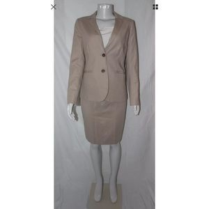 I just discovered this while shopping on Poshmark: 25% OFF! J Crew Tan Pencil Skirt Suit Size 2 R. Check it out! Price: $50 Size: 2 / 4