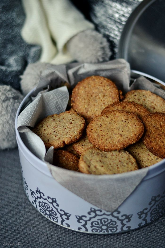 Pyszne i zdrowe ciasteczka migdałowe / Healthy almond cookies.