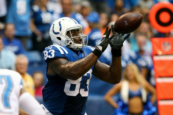 INDIANAPOLIS, IN - SEPTEMBER 11:  Dwayne Allen #83 of the Indianapolis Colts makes a catch in the third quarter against the Detroit Lions at Lucas Oil Stadium on September 11, 2016 in Indianapolis, Indiana. (Photo by Dylan Buell/Getty Images)