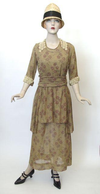 FC0363 Dress, cotton floral print, unlabelled, c. 1918