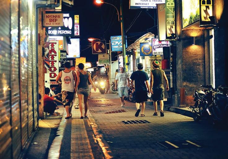 www.baliholidays77.com: Kuta Bali : The Best For Night Live and Entertainm...