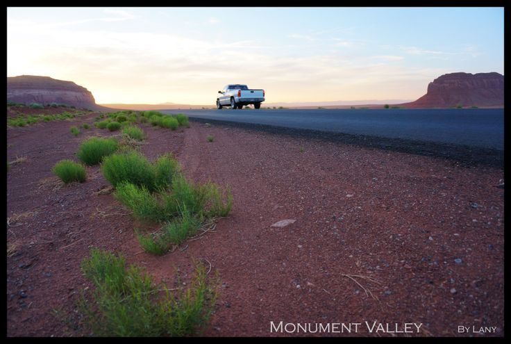 On the road - Monument Valley