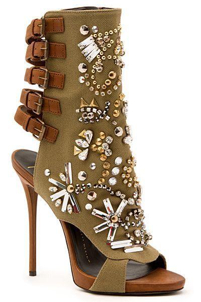 Giuseppe Zanotti - Shoes - 2015 Spring-Summer | guiseppi zanotti #giuseppezanottiheelsstilettos #giuseppezanottiheelswedding