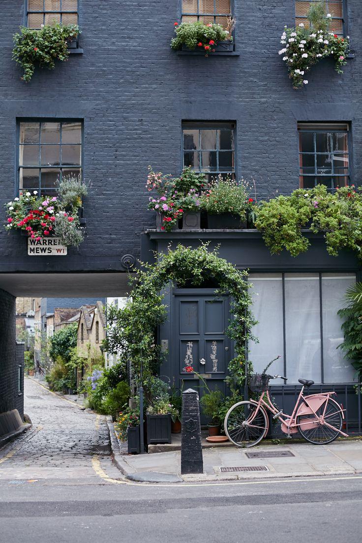 London Pink Bike Outdoor