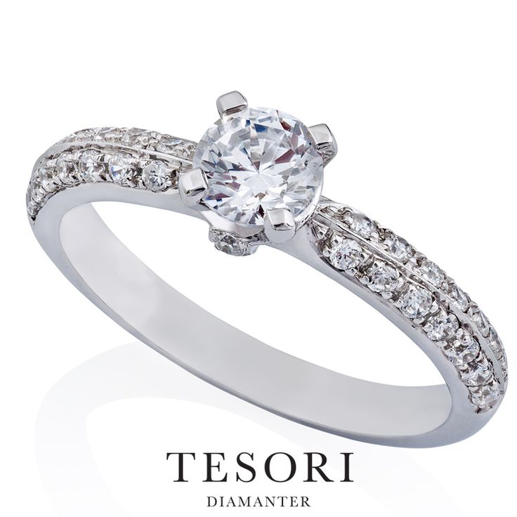 Sogno - Forlovelsesring med sidediamanter