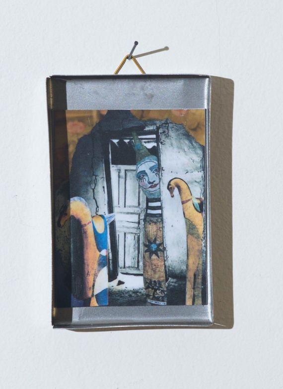 Collage in a box 05 di SMALLUNIVERSES su Etsy