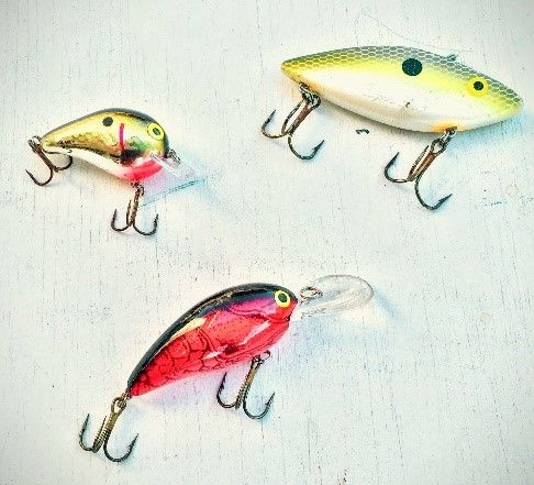 """Make it easier to select a crankbait for bass fishing by knowing these few """"rules""""."""