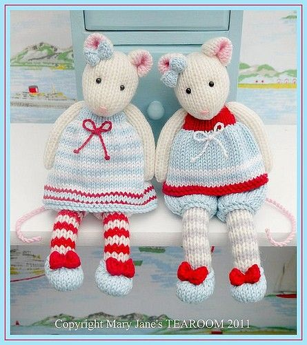 TEAROOM Mice Toy Knitting Pattern/ MJT Pdf Mouse Knitting Pattern/ INSTANT Download