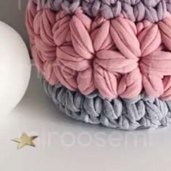 Nesse segundo vídeo se aprende a fazer a parte de cima da estrela. #videoaulas #pontoestrela #crochet @miroosemi