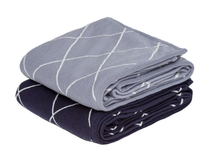 We will love snuggling up with these Coast Cardrona Merino Wool Throw's as the weather gets colder #flybuysnz #1280points #coast