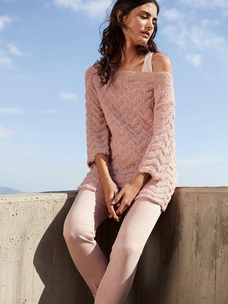 DIY-Anleitung: Tunika mit weitem Ausschnitt und Zickzackmuster stricken / diy knitting tutorial: tunic for summer days, knitted fashion via DaWanda.com