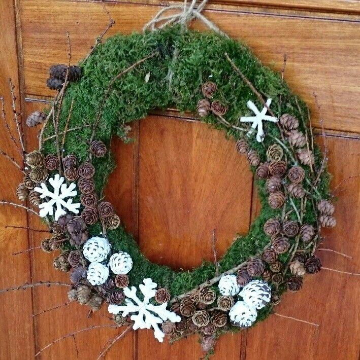 Julekrans,  dørkrans, krans, jul, natur, lerk, kongler, snøstjerne, diy, piperenser,  flytende gips.  Christmas,  wreath,  larch,  pine cone,  pipe cleaner.