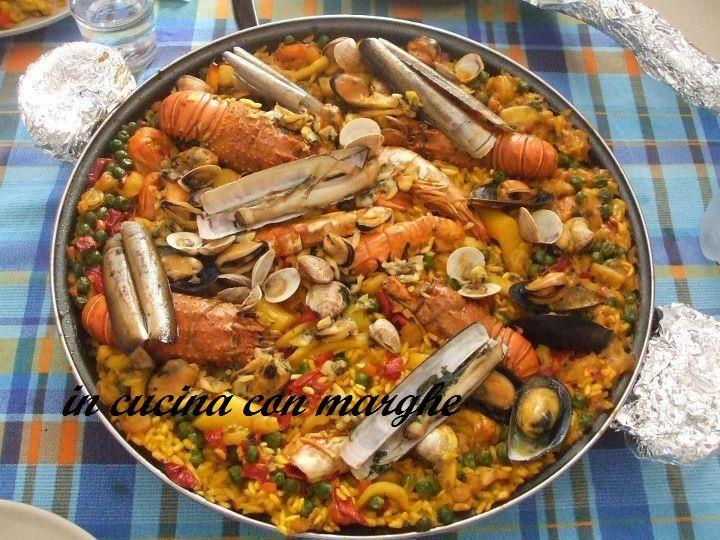 /paella-ai-frutti-di-mare-con-scampi dal mio blog  http://incucinaconmarghe.blogspot.it/2013/11/paella-ai-frutti-di-mare-con-scampi-e.html