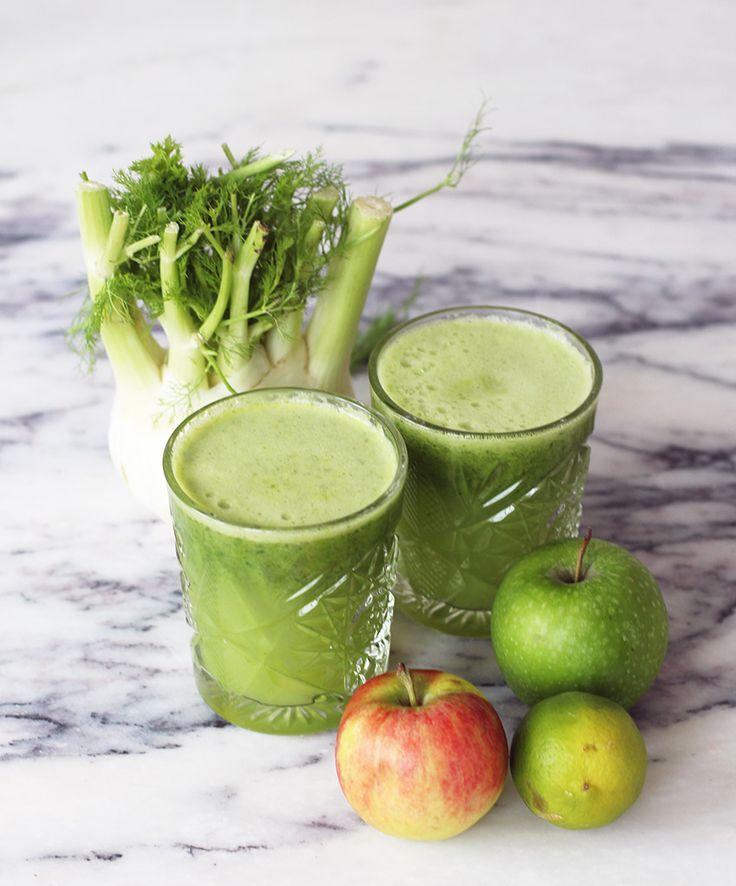 opskrift-på-grøn-super-sund-juice-med-fennikel-spinat-æble-lime : OPSKRIFT – Grøn superjuice med fennikel (2 glas) en hel fennikel 4 æbler 1 lime 1 citron 3 håndfude spinat