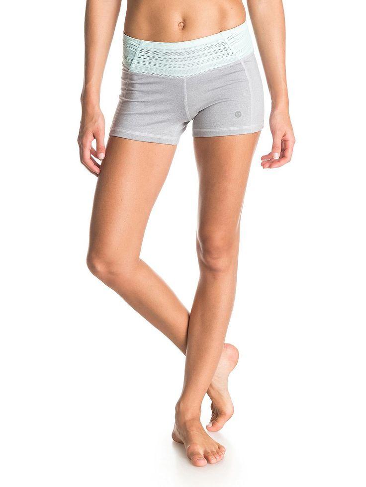 Hula Short - Roxy Shorts für Frauen  Die Hula Shorts sind Teil der Roxy Frühjahr/Sommer Apparel Kollektion 2015. Diese Shorts für Frauen zeichnen sich durch atmungsaktiven Stoff und schnell trocknendes Gewebe aus. Weitere besondere Features sind: Baumwollartiges Tragegefühl und Mischgewebe aus 44% Nylon, 44% Polyester, 12% Elastan.  Merkmale:  Roxy Shorts, Atmungsaktiver Stoff, Schnell trock...