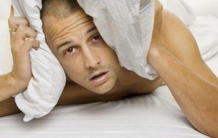 Remedii naturale împotriva insomniei   Insomniaeste o tulburare a somnului care se caracterizează prin dificultatea de a adormi. Ea poate fi de două feluri: persistentă (durează săptămâni sau luni în șir și este cauzată de anumite boli sau un program de viață greșit) sau trecătoare (durează câteva nopți și este cauzată de o supărare sau un eveniment îngrijorător). Prin urmare insomnia nu este boală în sine ci doar un simptom al unei cauze ce trebuie îndepărtată. Dacă nu încercăm să…