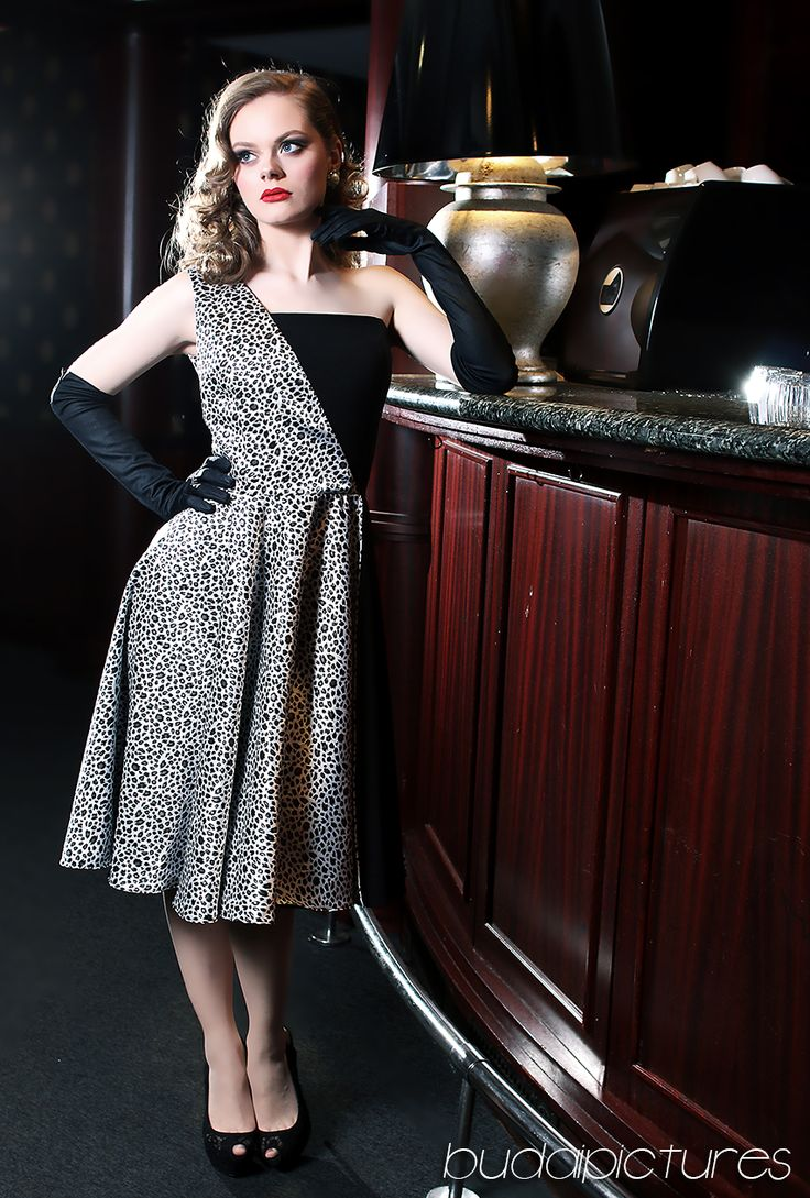 Hollywood Glamour  Modell: Zita Beke Haj: Dia D. Zenteg Smink: Pásztor Krisztina Ruha: TiCCi Rockabilly Clothing glamour hair, pinup night dress pinup diva, 1940's style vintage style