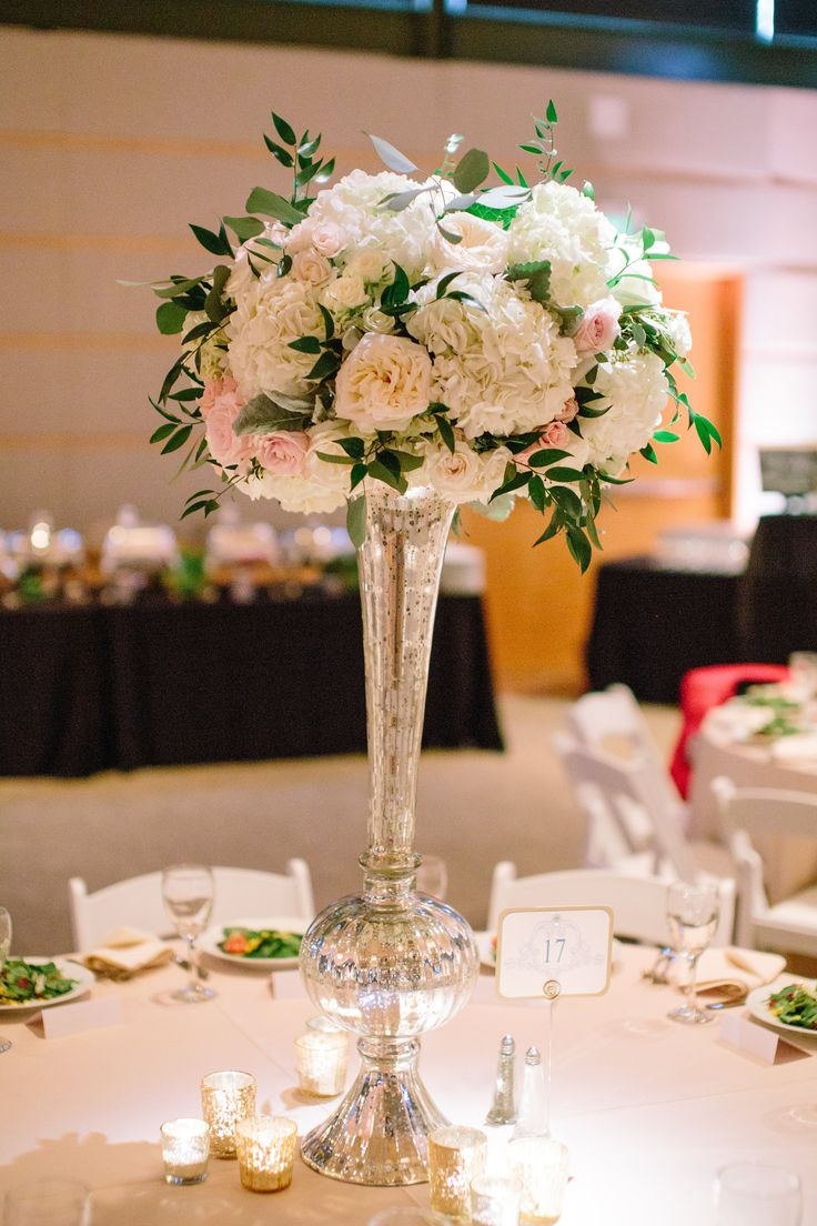 Blush Ivory Amp Green Centerpiece Http