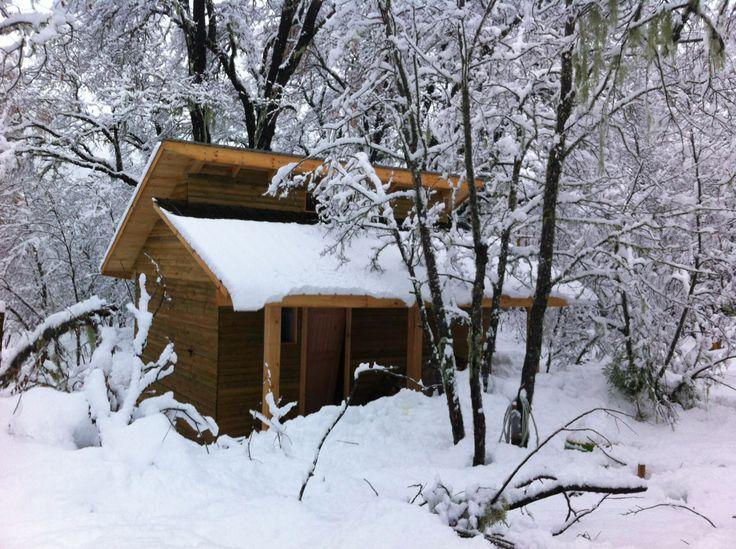 Cabaña en la nieve, valle las trancas