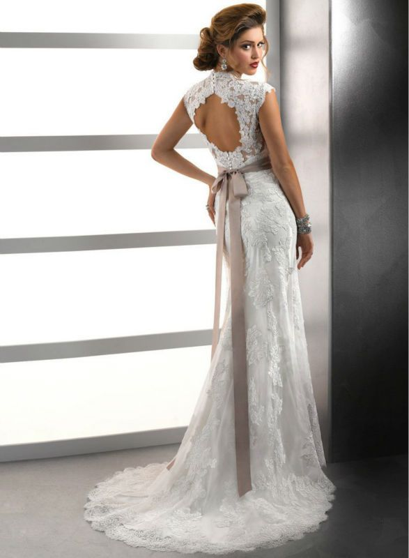 cap sleeve full lace wedding dress...already married, but wow. Just wow.