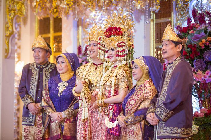 Palembang wedding at Grand Ballroom Sasana Kriya - www.thebridedept.com