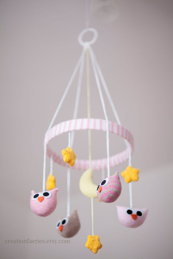 Pink owls baby mobile - crocheted -