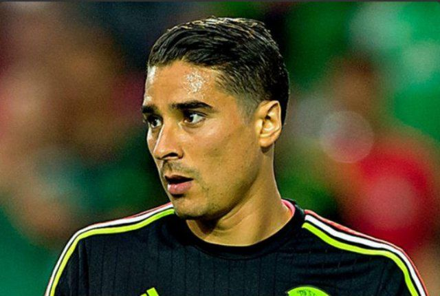 Guillermo-Ochoa-2016-Hairstyle