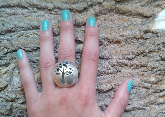 Tree of Life/Oak Tree Ring by #SlashpileDesigns. Find it on #Etsy