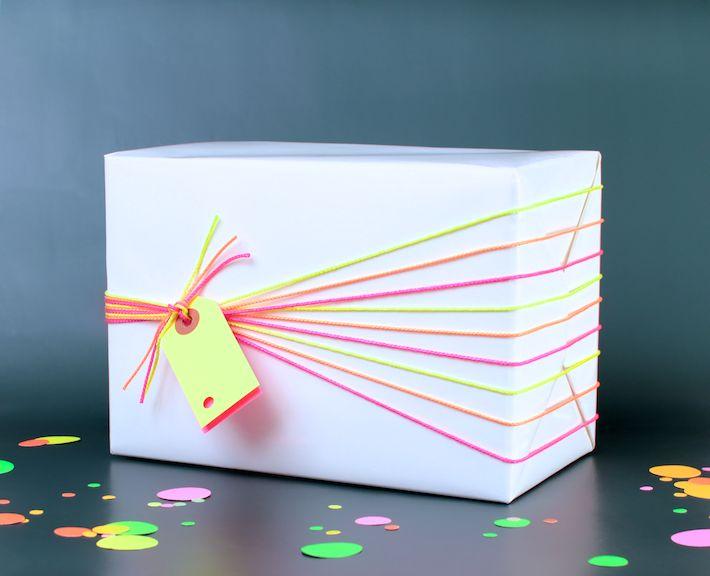DIY: Wrap It In Neon with @vangerwen