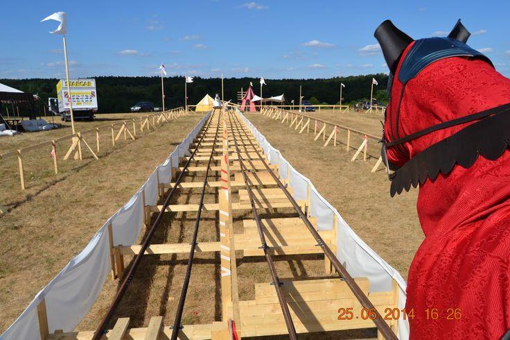 50m long jousting simulator